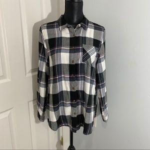 Pink Rose Flannel Shirt Black and White Medium